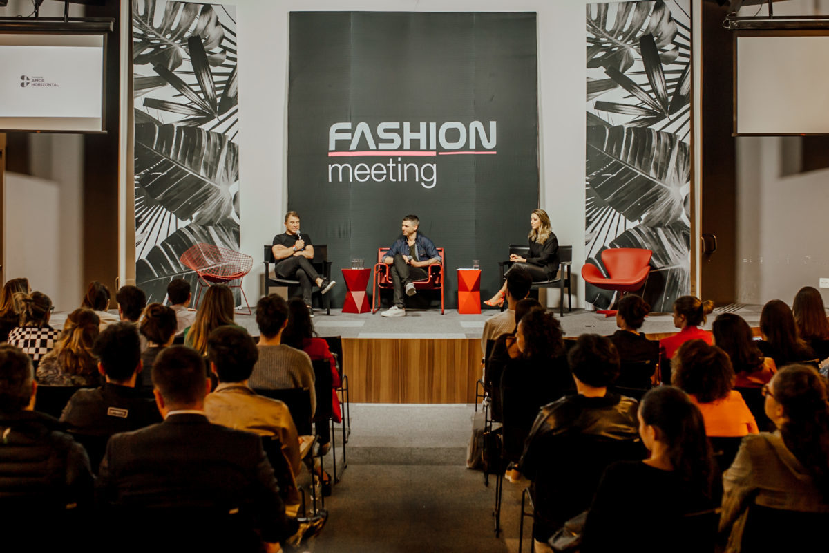 fashion-meeting