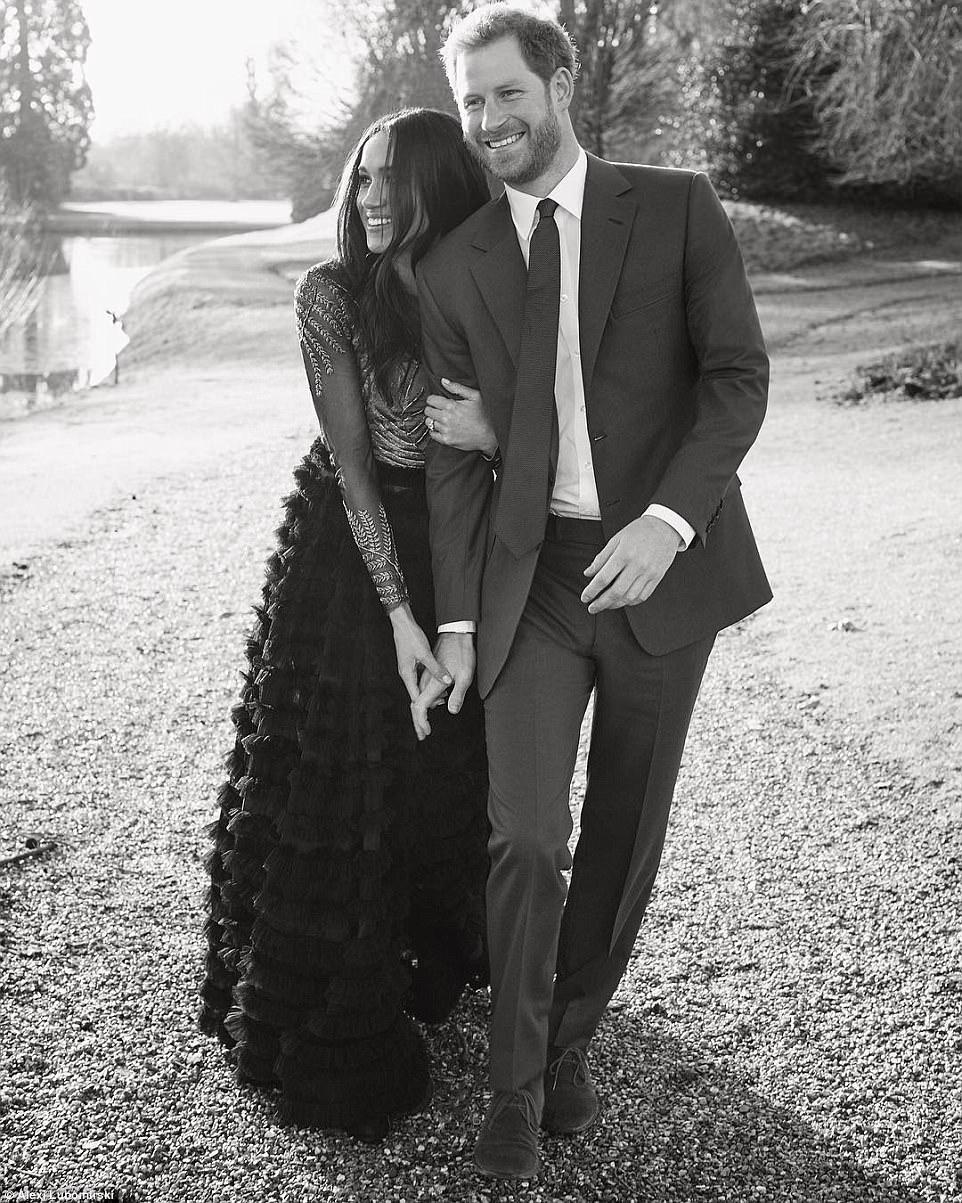 O fotógrafo Alexi Lubomirski foi convidado para fazer o portrait do casal / Reprodução