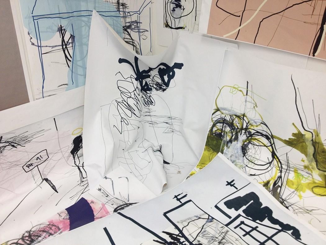 Instalação com algumas de suas obras
