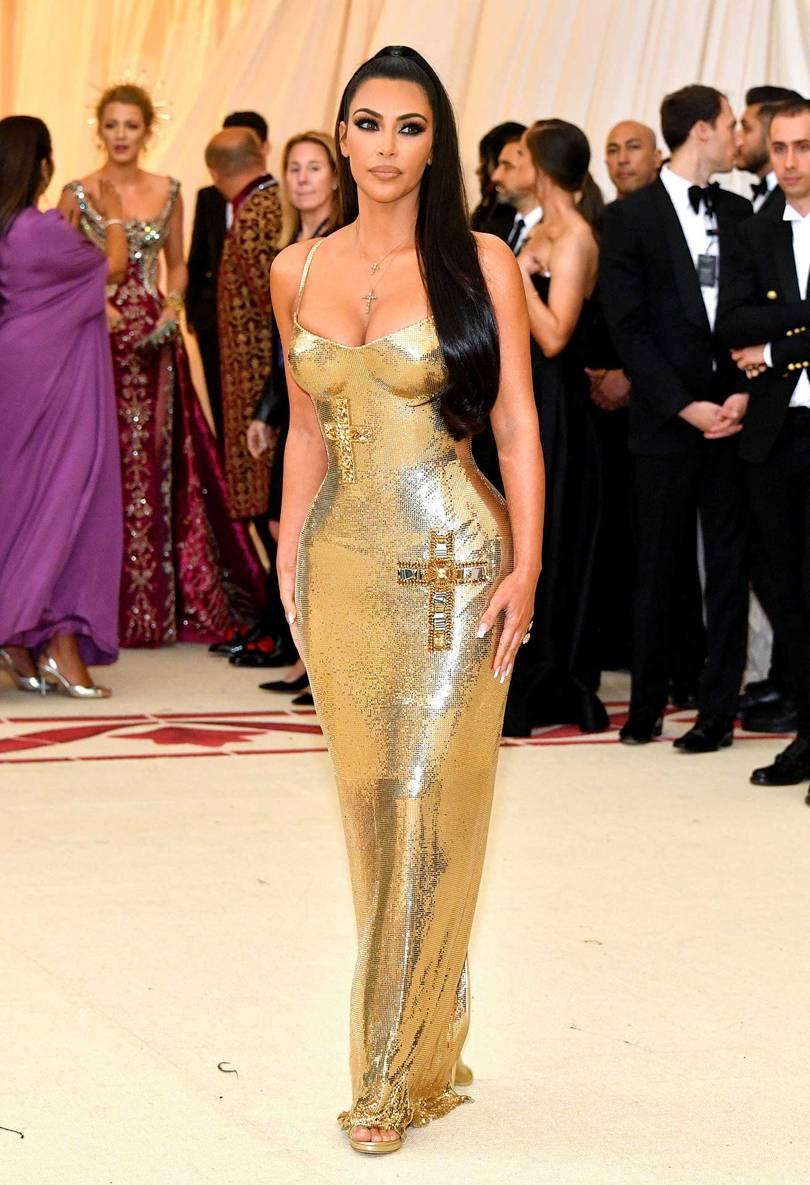 Kim Kardashian de Versace / Reprodução