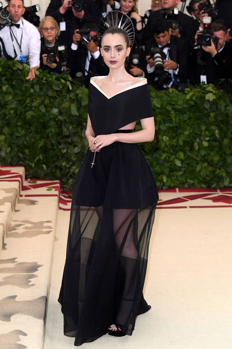 Lily Collins de Givenchy