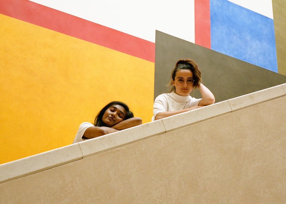 Zarina e Gabrielle em foto produzida pelo e-commerce Ssense / Reprodução