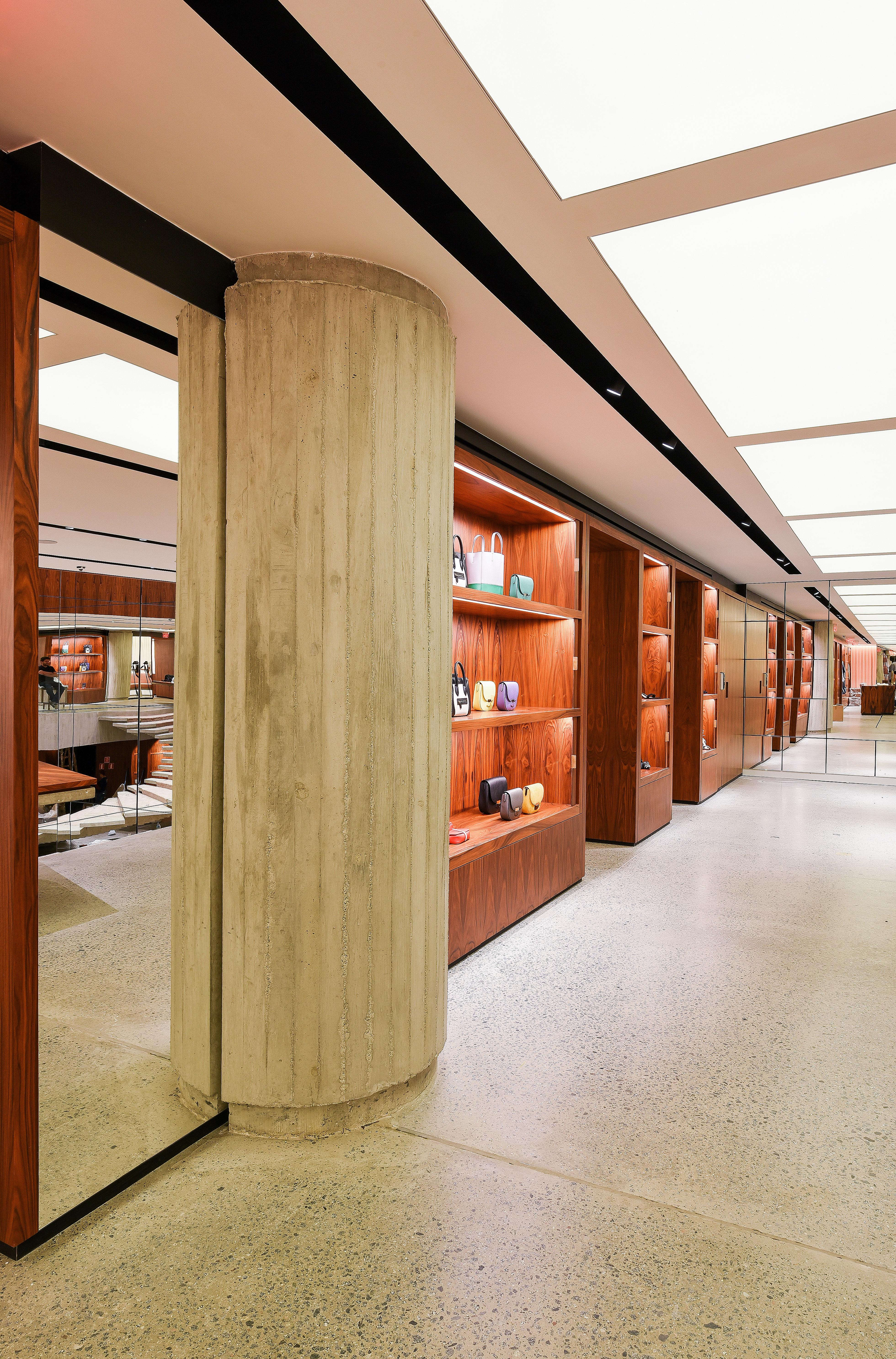 Um dos espaços da loja em São Paulo / Yuji Kamizono / Cortesia