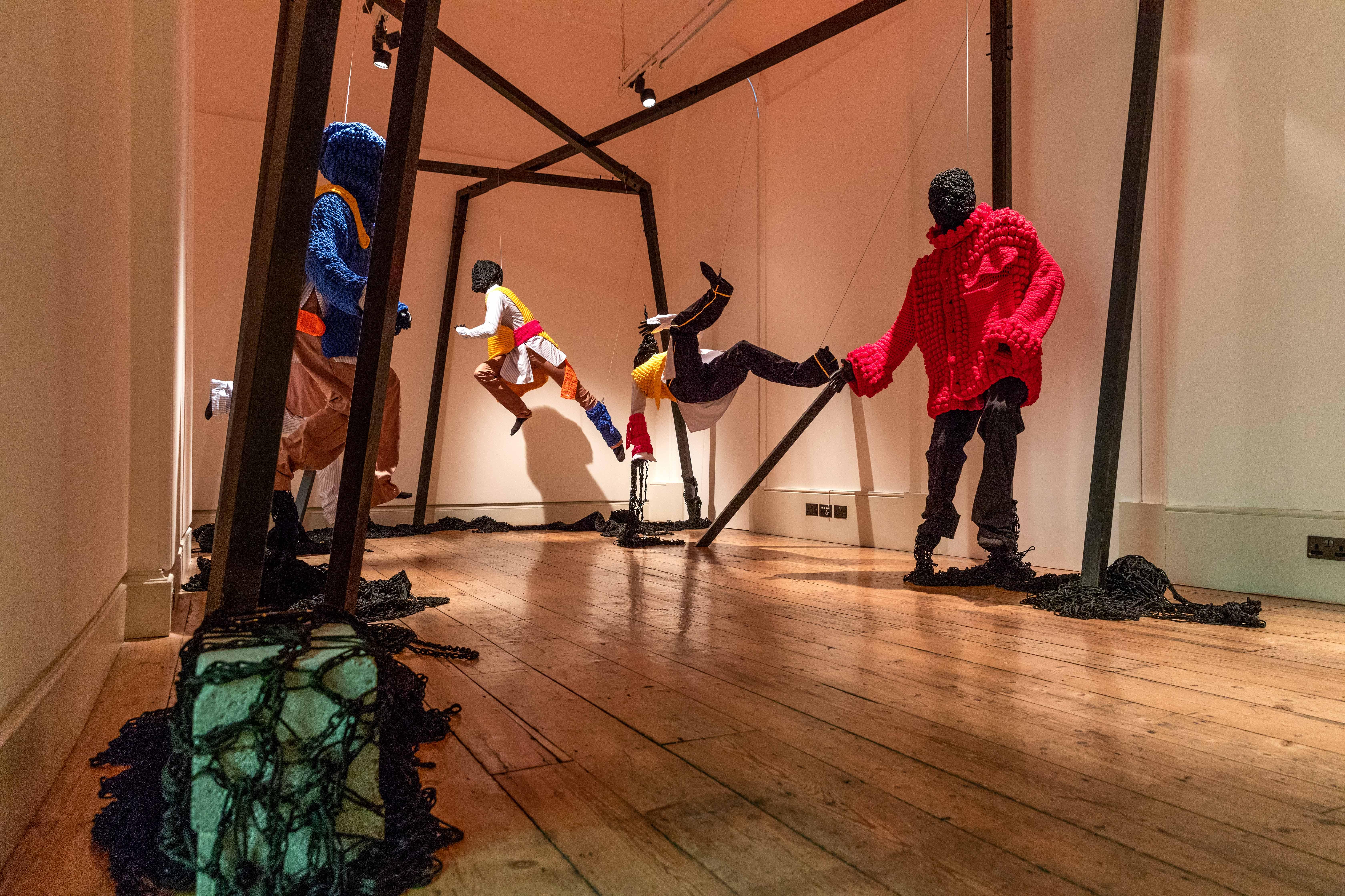 Instalação de David Lee no Internacional Fashion Showcase, em Londres / Cortesia