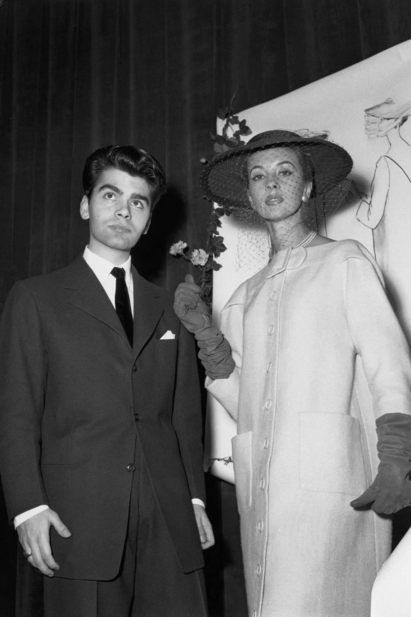 Karl Lagerfeld em Paris, 1954 / Reprodução Getty Images