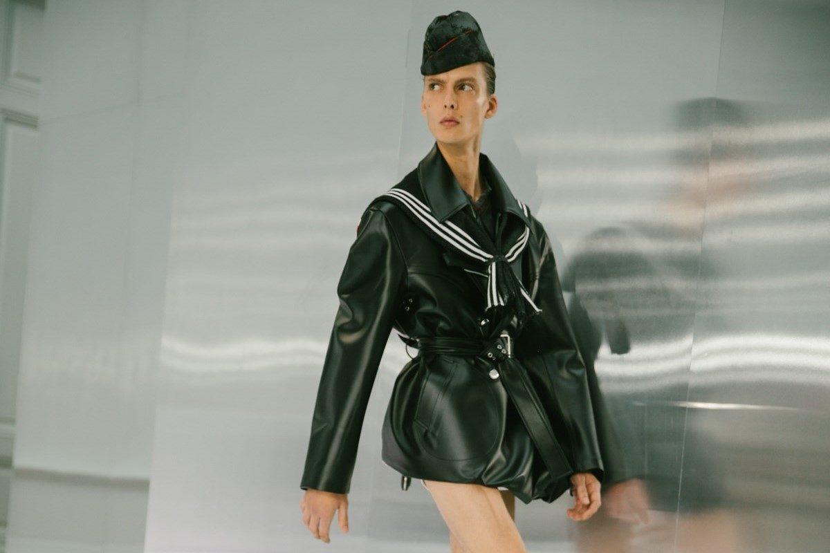 Leon Dame entra na passarela da Maison Margiela / Reprodução