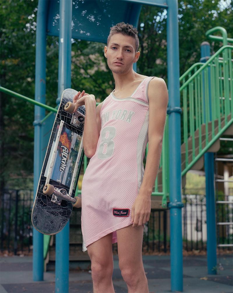 Foto da série Queer Skateboarding, do fotógrafo Ross Landenberger / Reprodução