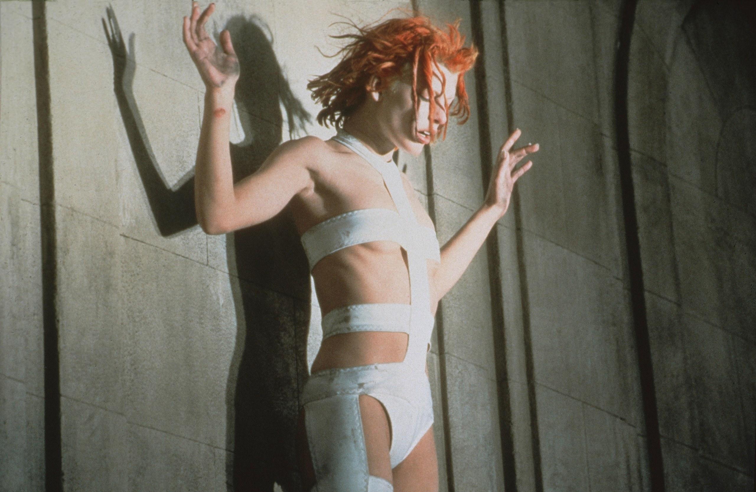 Milla Jovovich em O Quinto Elemento / Reprodução