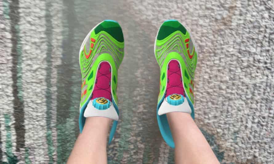 Sapato digital Gucci para o aplicativo Wanna