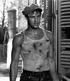 Marlon Brando em Uma Rua Chamada Pecado (1951)
