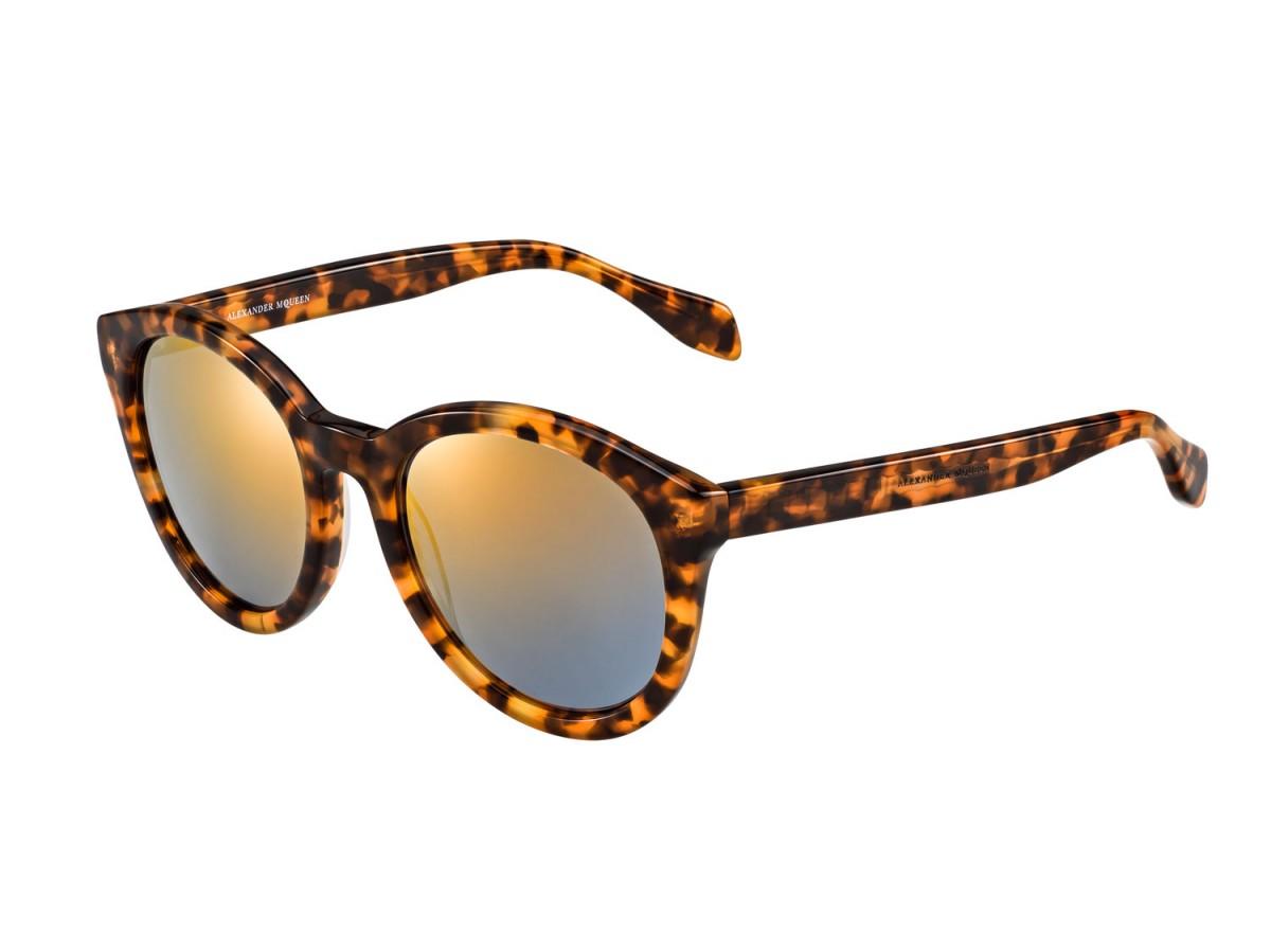 e0bf96920 35 óculos escuros nas tendências mais quentes do verão // Trends // FFW